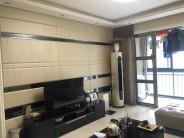 人民广场旁利达广场小区 环境优美 楼王最好楼层 带地暖装修好 赠送地下车位一个