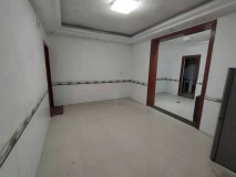 老人民医院 3室 2厅 2卫 免物业费  免停车费